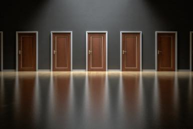 Kako izbrati nepremičninsko agencijo za prodajo nepremičnine