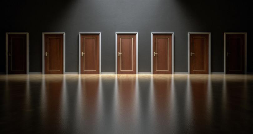 Kako izbrati nepremičninsko agencijo za prodajo vaše nepremičnine?